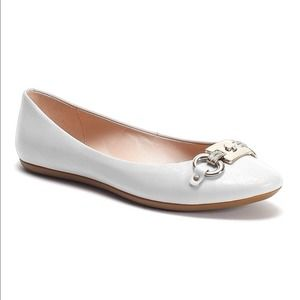 Kate Spade Bone Color Ballet Flat Shoes. NEW